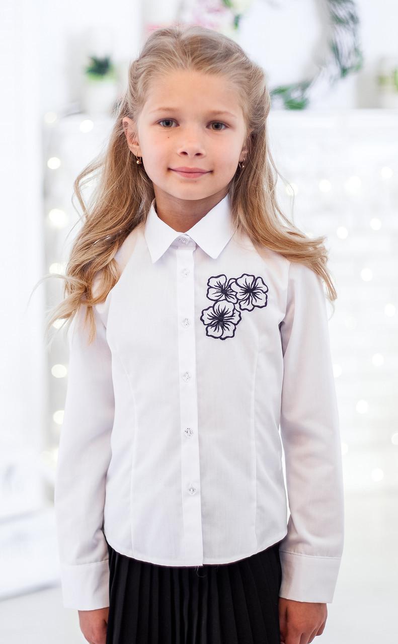 Красивая школьная блузка Свит блуз с вышитыми цветочками р.146