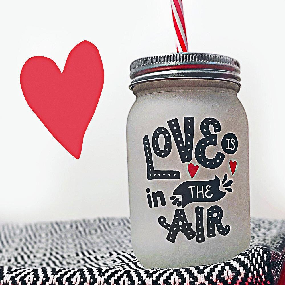 Банка c трубочкой Jar Love is the air 450 мл (JA_20L021_KR)