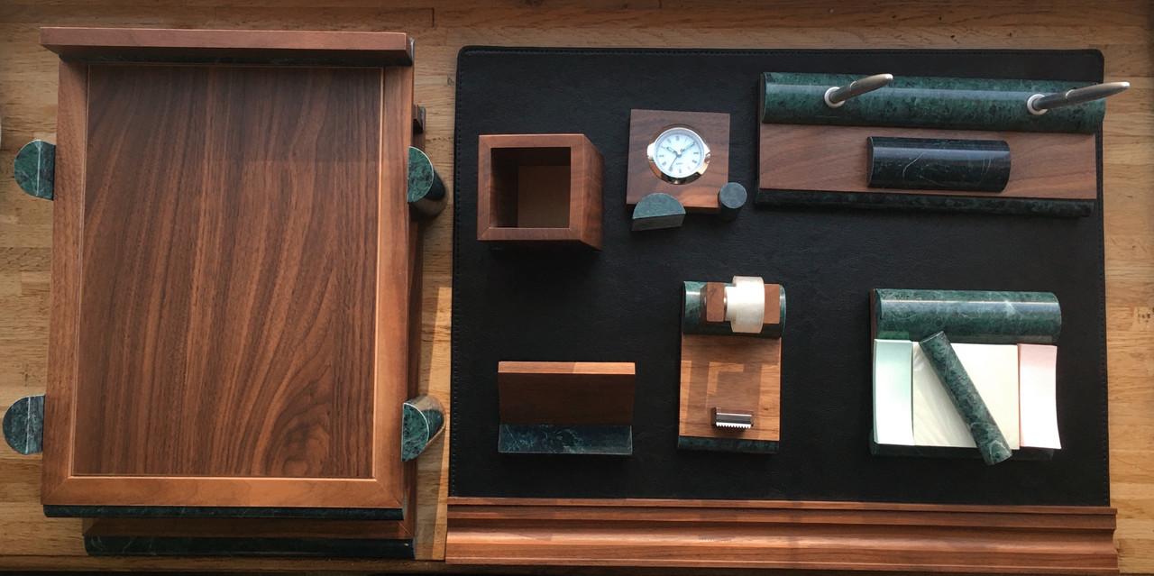 Настольный набор на 8 предметов из натурального дерева и зеленого мрамора Bestar 8286 WDN
