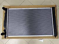 Радиатор охлаждение Audi a4b5/a6c5/Passat b5/Skoda superb 1.6-2.0  Polcar 1324082, фото 1