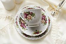 Старая чайная трйка, фарфоровая чашка с блюдцем и тарелкой, фарфор, ROYAL NERFOLK , Англия