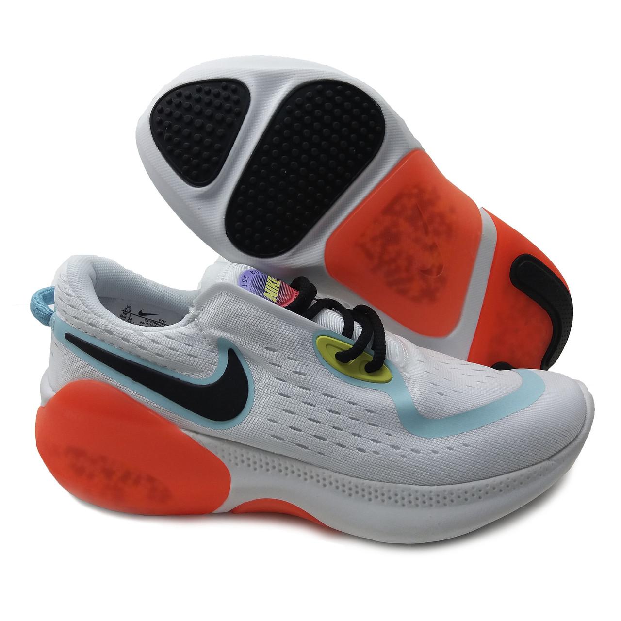 Кроссовки похожие на Nike Joyride Run Flyknit Бело-оранжевый