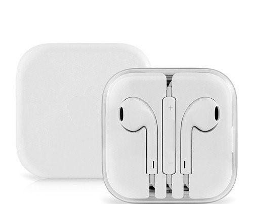 Проводные наушники Apple iPhone EarPods белые с микрофоном в коробке (Реплика)