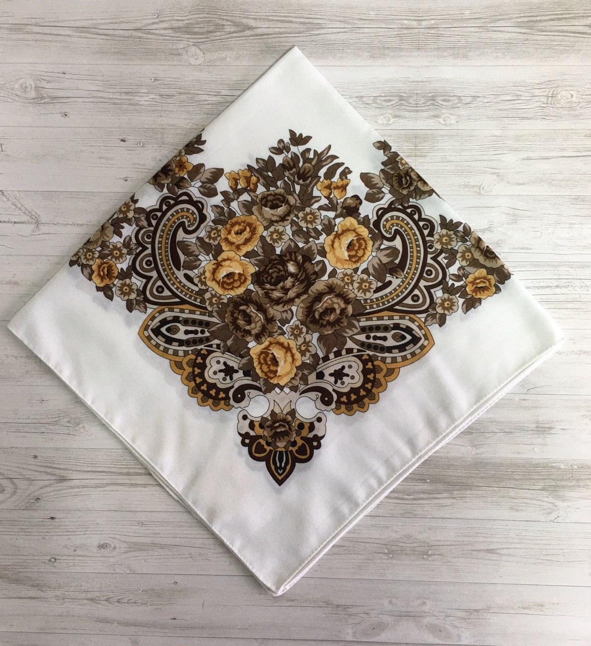 Женский шерстяной платок Цветок