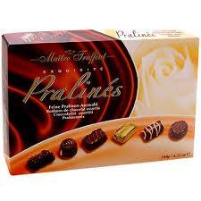 Шоколадные конфеты в коробке (коричневая)Maitre Truffout Pralines, 400г