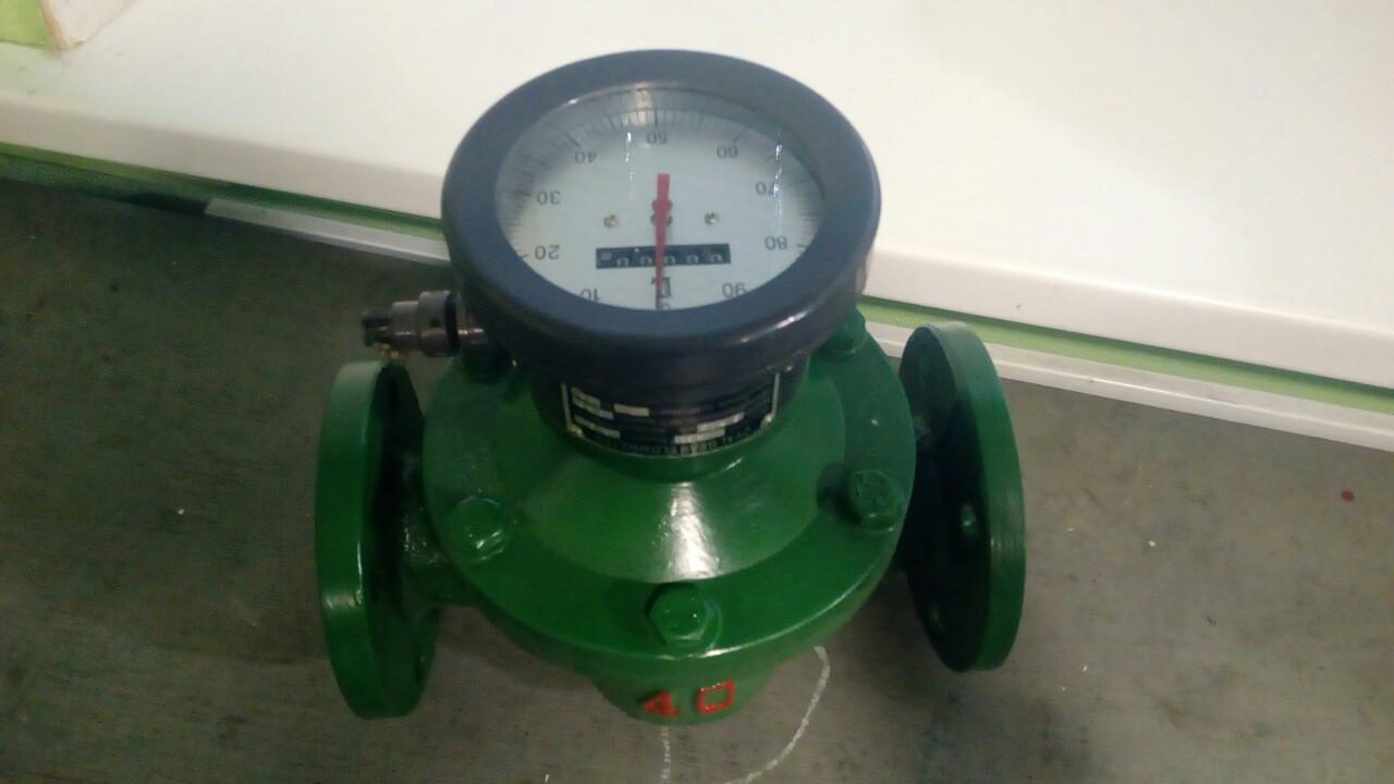 Счетчик ОГМ-I-40 М (50-266 л/хв) с механическим дисплеем (стальные шестерни)
