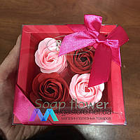 Подарочный набор розы из мыла Soap Flower 4 шт подарок любимой девушке маме на 8 марта розовые