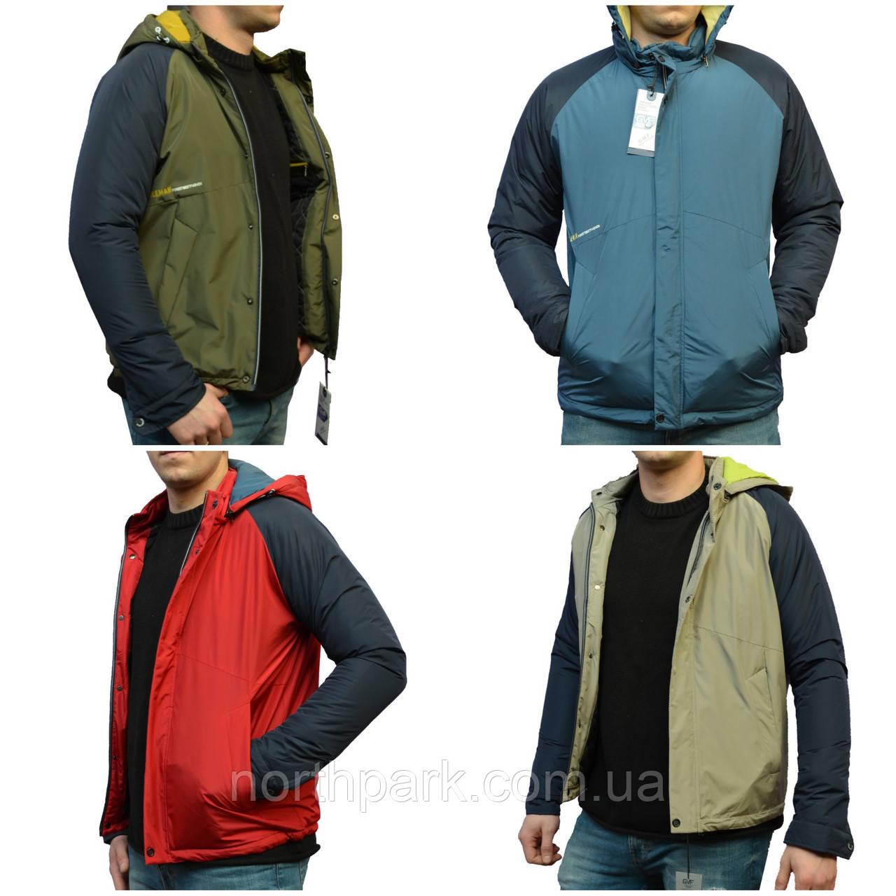 Чоловіча демісезонна куртка у спортивному стилі