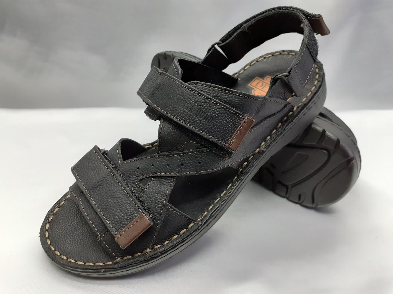 Мужские чёрные кожаные сандалии на липучках Detta