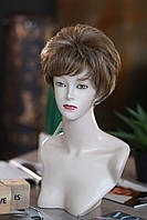 Парик женский короткий из искусственных волос с челкой цвет темно-русый мелированный
