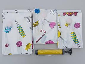 Набор вакуумных пакетов  с рисунком из 5 штук  и насосом ( 3 разных размера) для упаковки и хранения одежды., фото 2