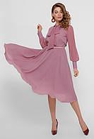 Элегантное платье приталенное голубого цвета и других цветов