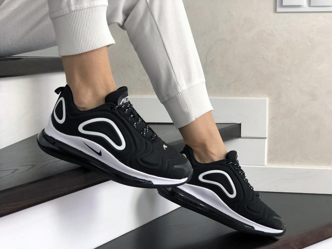 Женские кроссовки Nike Air Max 720 (черно-белые) 8935