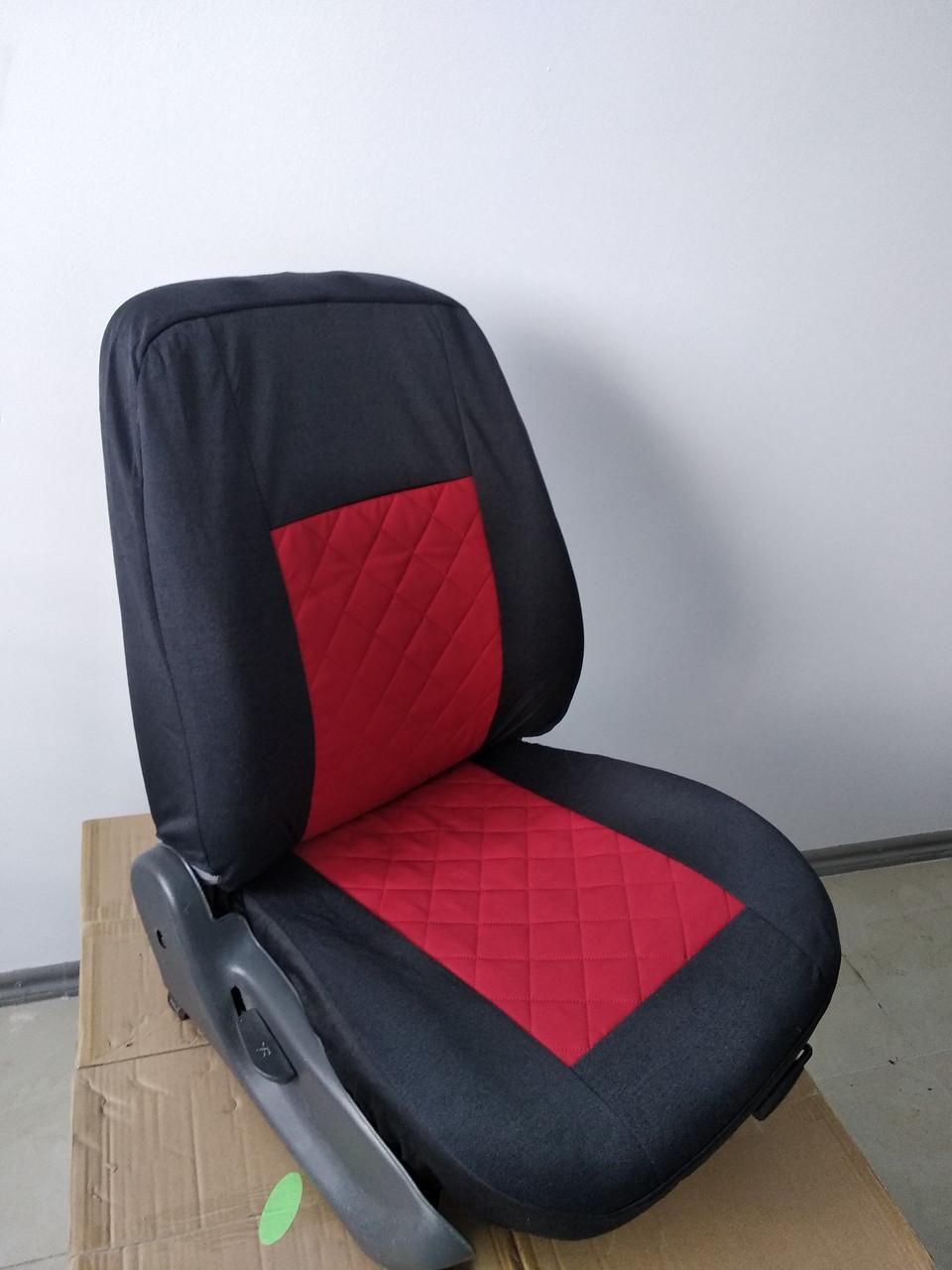 Чехлы на сиденья авто универсальные LUXE (спинка деленка) вставка красная