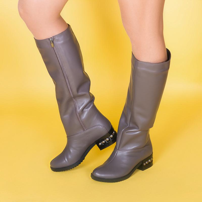 Сапоги женские кожаные на маленьком каблуке. Цвет кожи/замши на выбор.