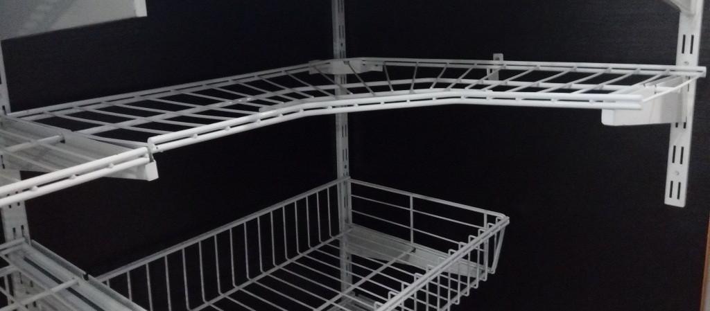 Полка сітчаста кутова шириною 606 мм глубиною 306мм для гардеробної системи зберігання Україна