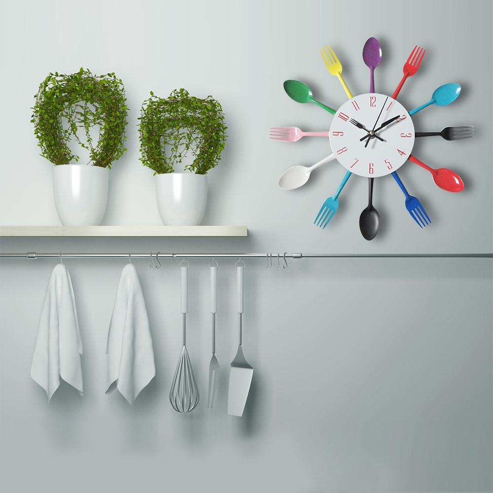 """Настенные часы на кухню """"Ложки-вилки"""", разноцветные"""