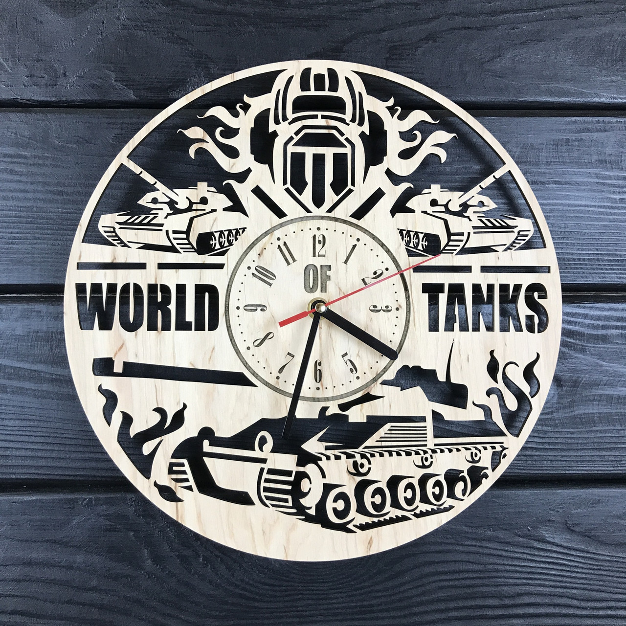Концептуальные настенные часы из дерева «World of Tanks»
