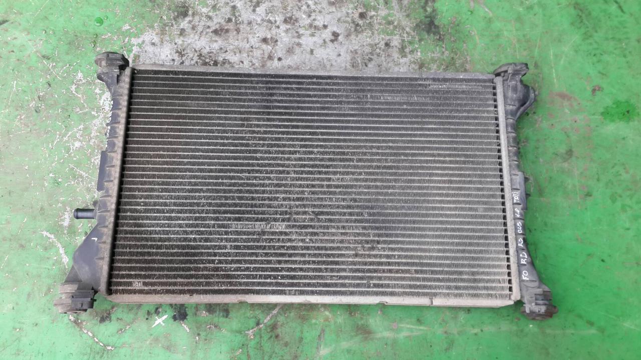 Радиатор для Ford Focus 1.8TDTI