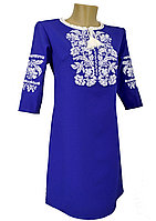 Синее вышитое короткое платье с растительным орнаментом