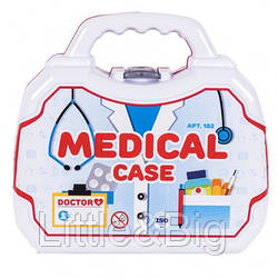 Набор доктора в чемодане (182)