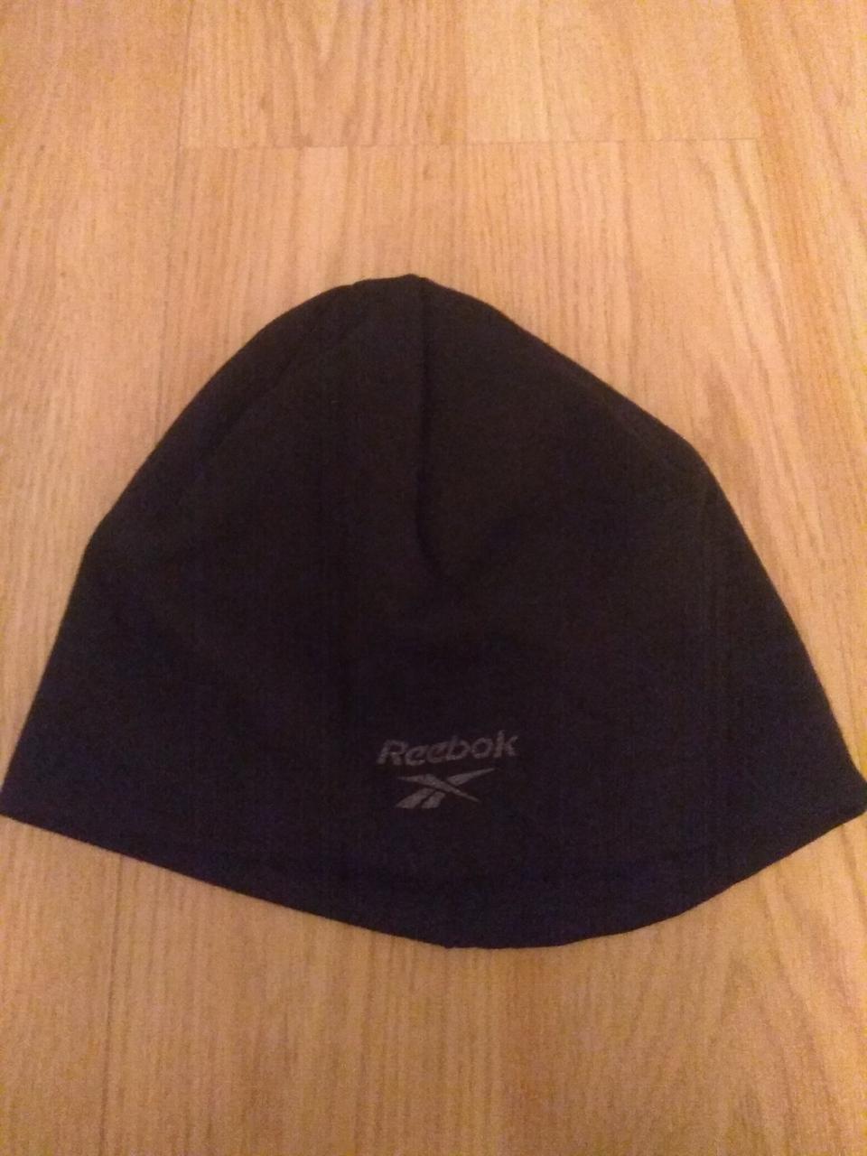 Чоловіча зимова шапка Reebok, розпродаж шапок рібок