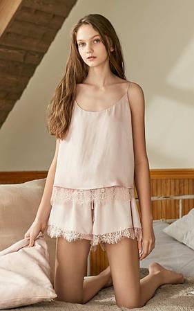 Пижама женская с кружевом. Комплект пижамный из майки и шортов для дома, сна, р. M (розовый)