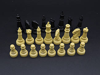 Фігурки для шахів. Комплект.