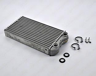 Радіатор пічки (теплообмінник) на Renault Trafic II 01->2009 — Renault (Оригінал) - 7701473279