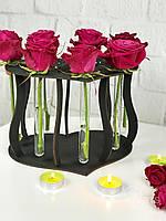 Необыкновенная деревянная подставка под цветы со стеклянными колбами