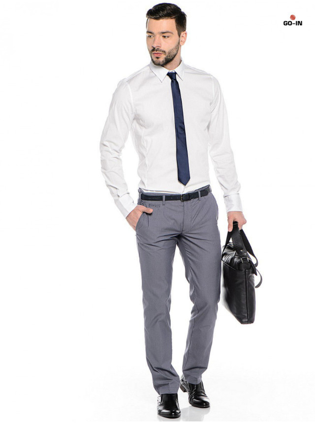 Модная рубашка мужская классическая с длинным рукавом