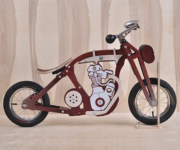Беговел мотоцикл Harlik Daisy Sign коричневый Vel-24