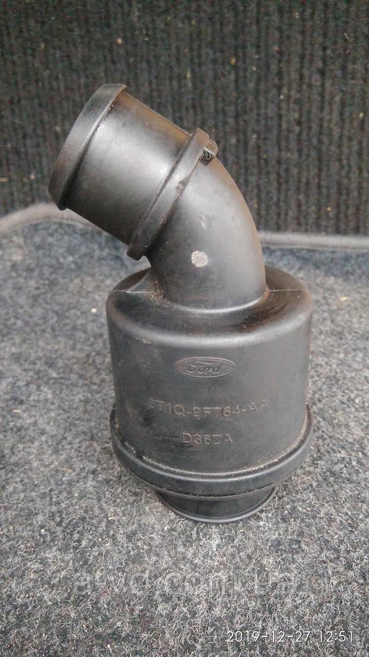 Сапун (патрубок интеркуллера)  на Ford Connect  1.8tdci 2002-2013р  2T1Q9F764AA