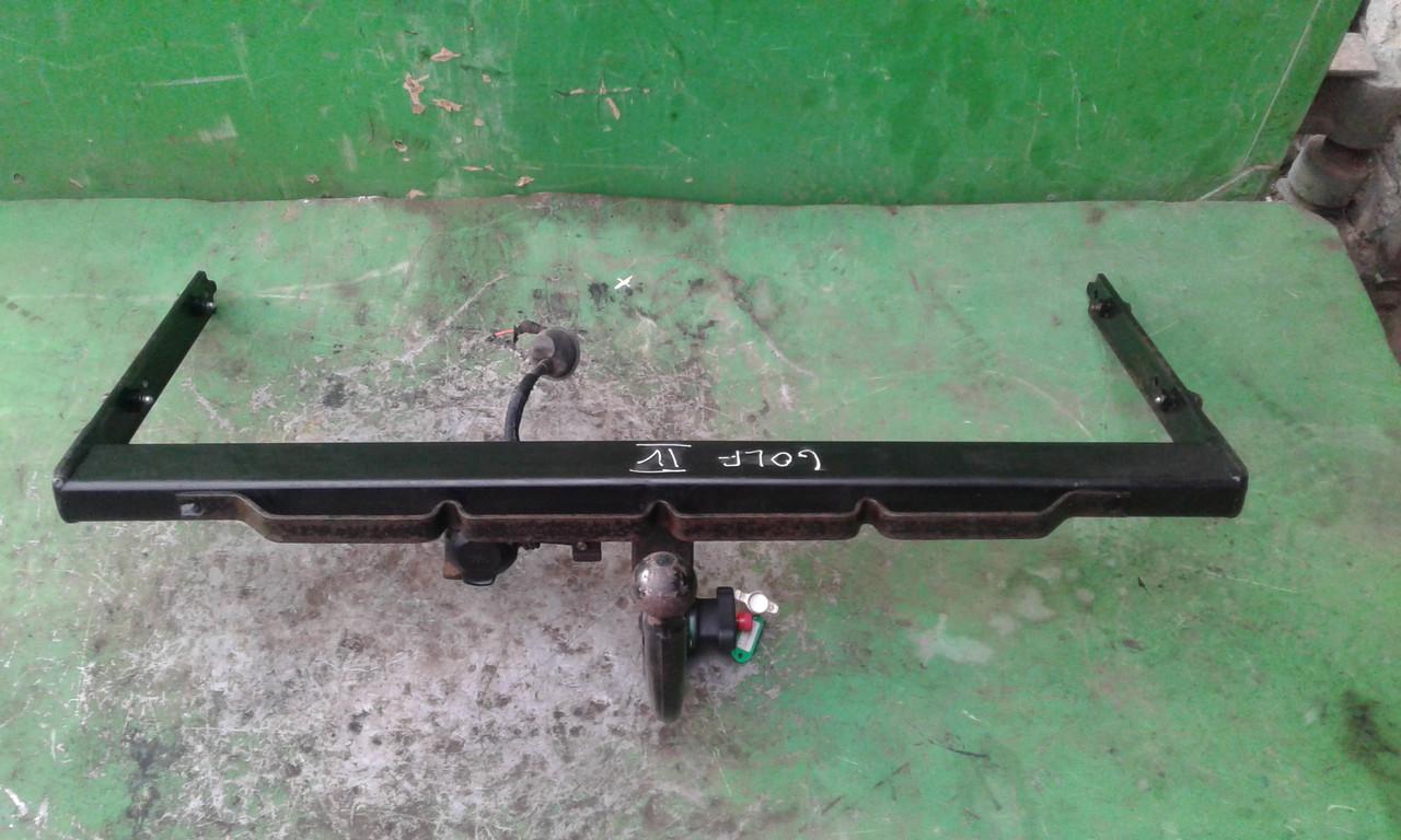 Б/у фаркоп для Volkswagen Golf IV, Вора 1J9803882 max 75 кг.