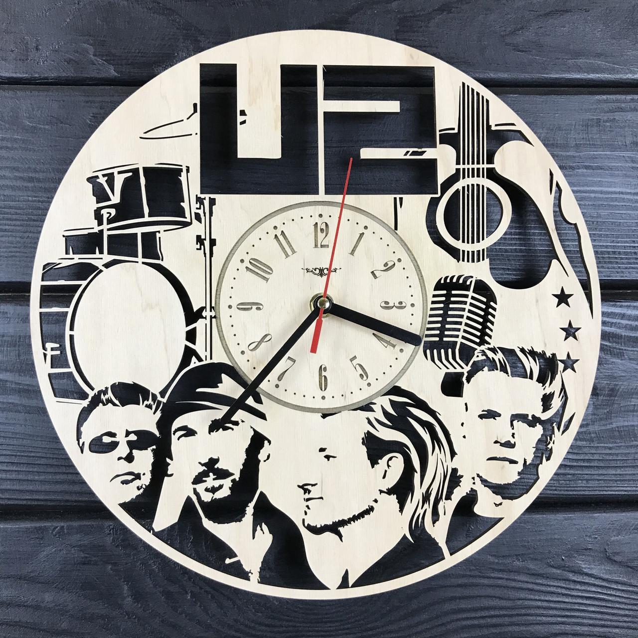 Оригинальные интерьерные часы на стену «U2»