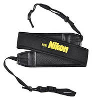 Ремень нашейный плечевой для фотоаппаратов Nikon с неопрена черный с желтой надписью