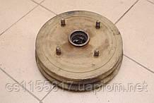 Тормозной барабан ступица Б/У Renault Trafic 1980-2000 7701465899