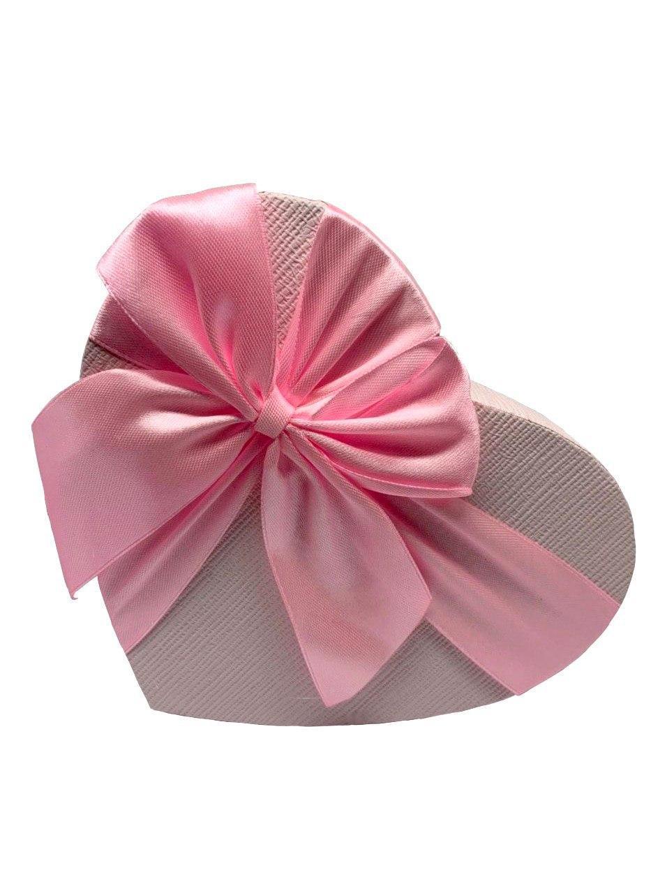 Подарочная коробочка в форме сердца. Розовая