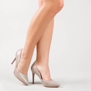 Классические бежевые туфли лодочки на каблуке 9 см кожа или замша, фото 2