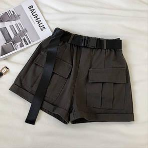 Женские коттоновые шорты с накладными карманами и ремешком фастекс 65jus354