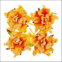 Бумажные цветочки и листики