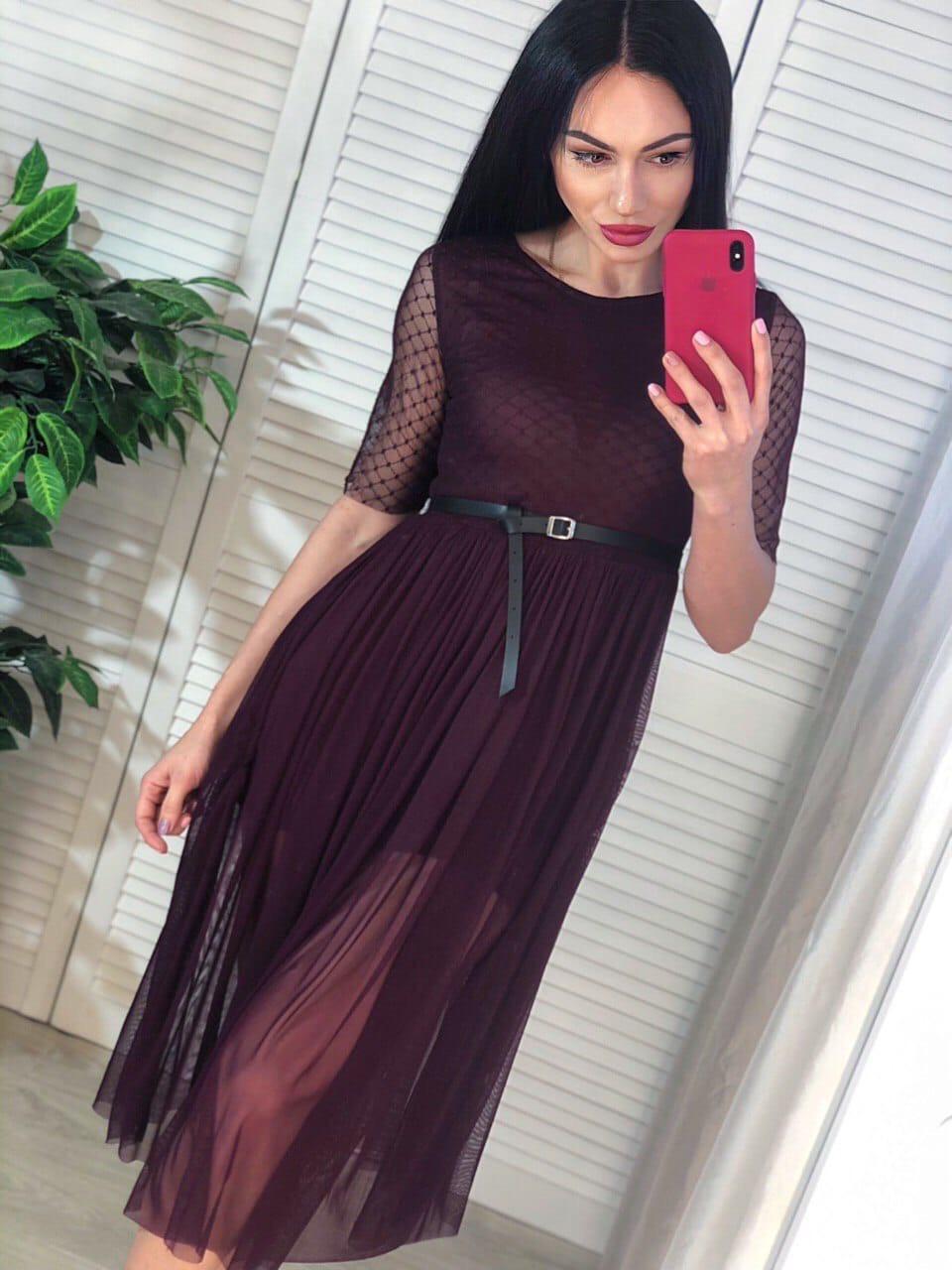 Платье с фатиновой юбкой и кружевным верхом с коротким рукавом vN6644