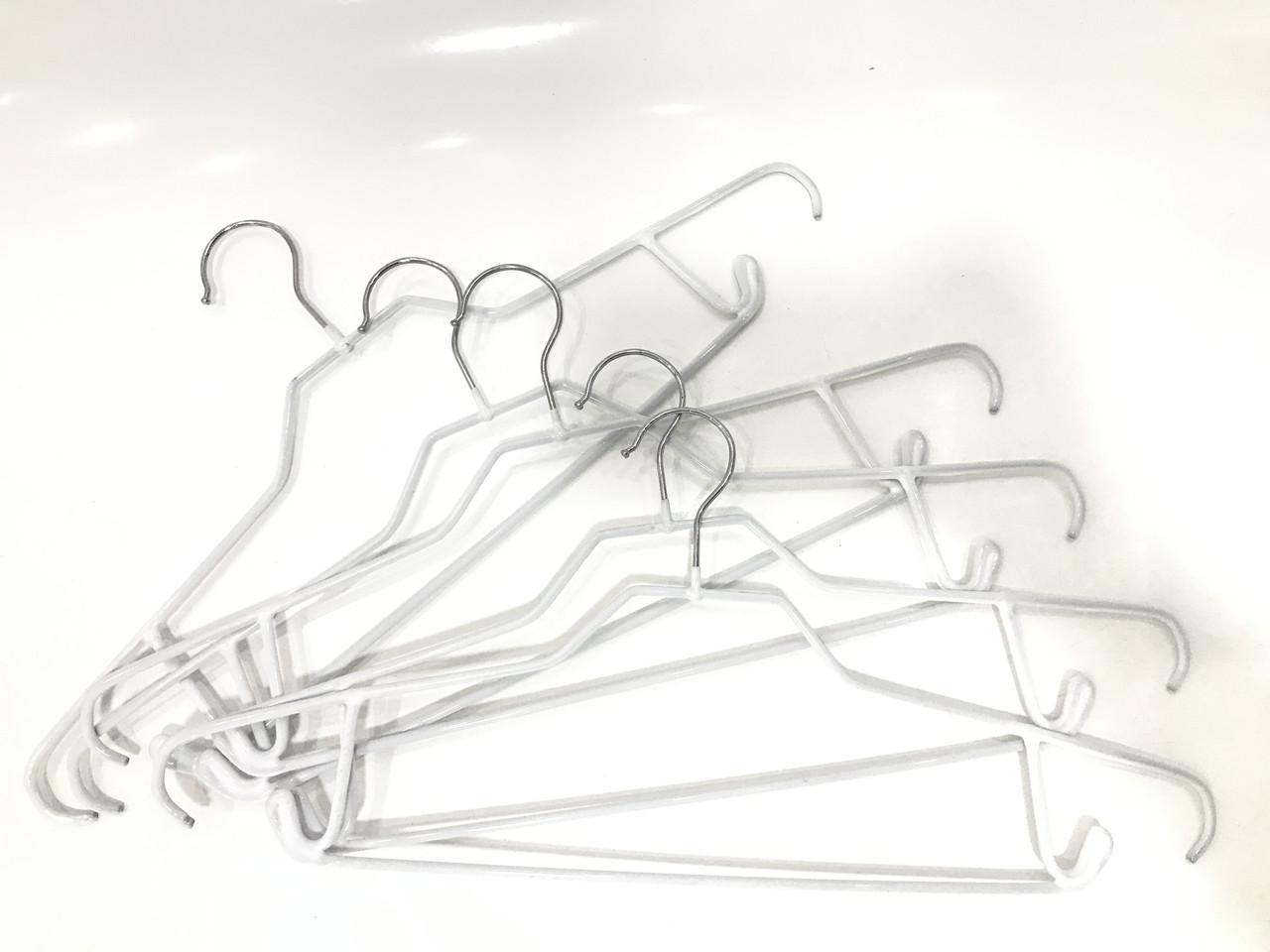 Плечики металические белые антискользящие 44 см
