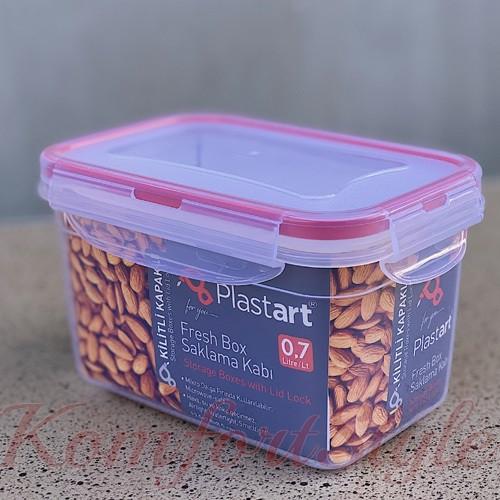 Пищевой контейнер герметик 0,7л  .