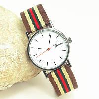Женские часы Geneva с тканевым ремешком коричневый