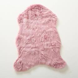 Коврик — розовая шкура  90*60см 1013793