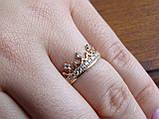 Золотое кольцо в виде короны с белыми камнями, фото 5