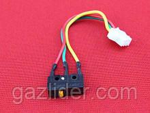 Микровыключатель для газовых колонок три контакта
