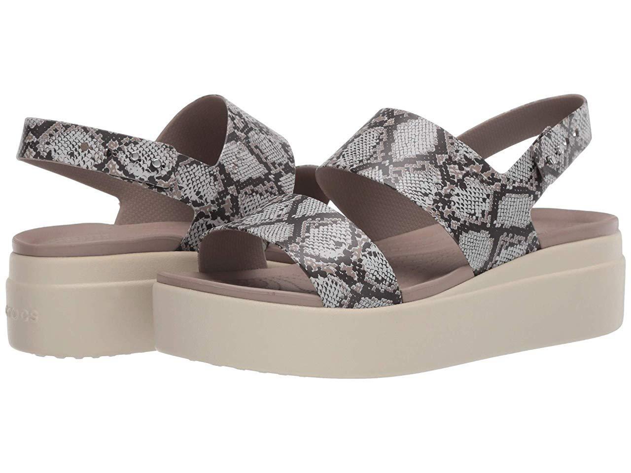 Туфли на каблуке Crocs Brooklyn Low Wedge Multi/Stucco