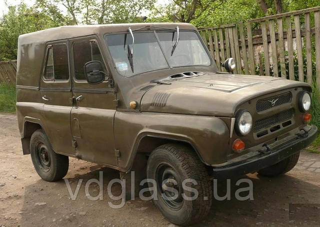 Лобовое стекло УАЗ 469 половинка, триплекс, от украинского производителя автостекла